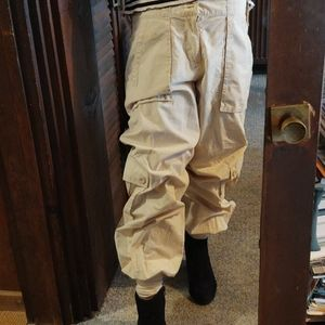 Trendy Khaki pants